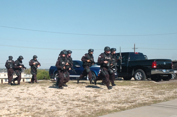Flickr_-_The_U.S._Army_-_SWAT_Teams_at_Fort_Hood.jpg
